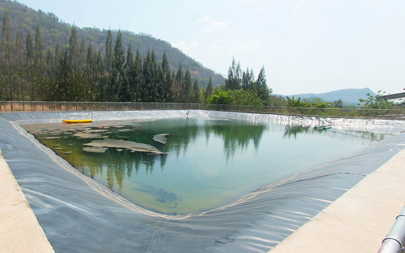 Sludge reduction for wastewater