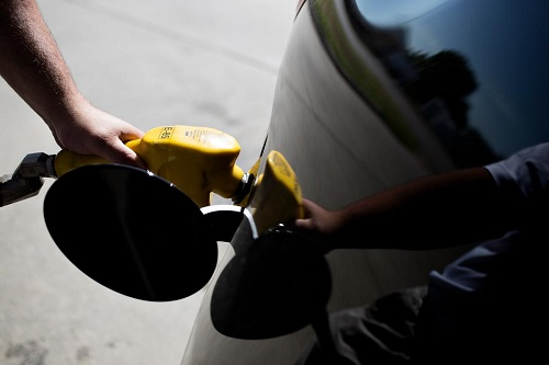 Fueling a car with biofuel